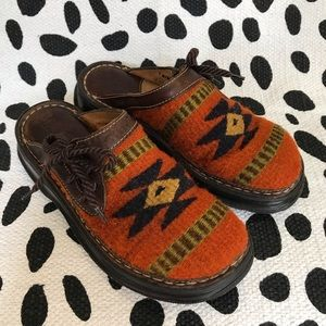 BORN Tribal Aztec Print Side Tie Slip Ons size 7